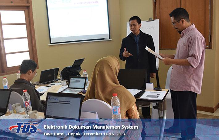 Foto training Electronic Document Management System (EDMS)