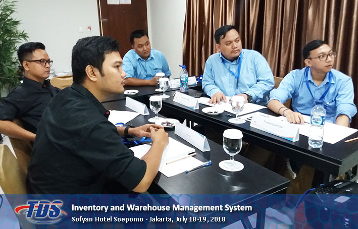 Foto training Inventory and Warehouse Management System